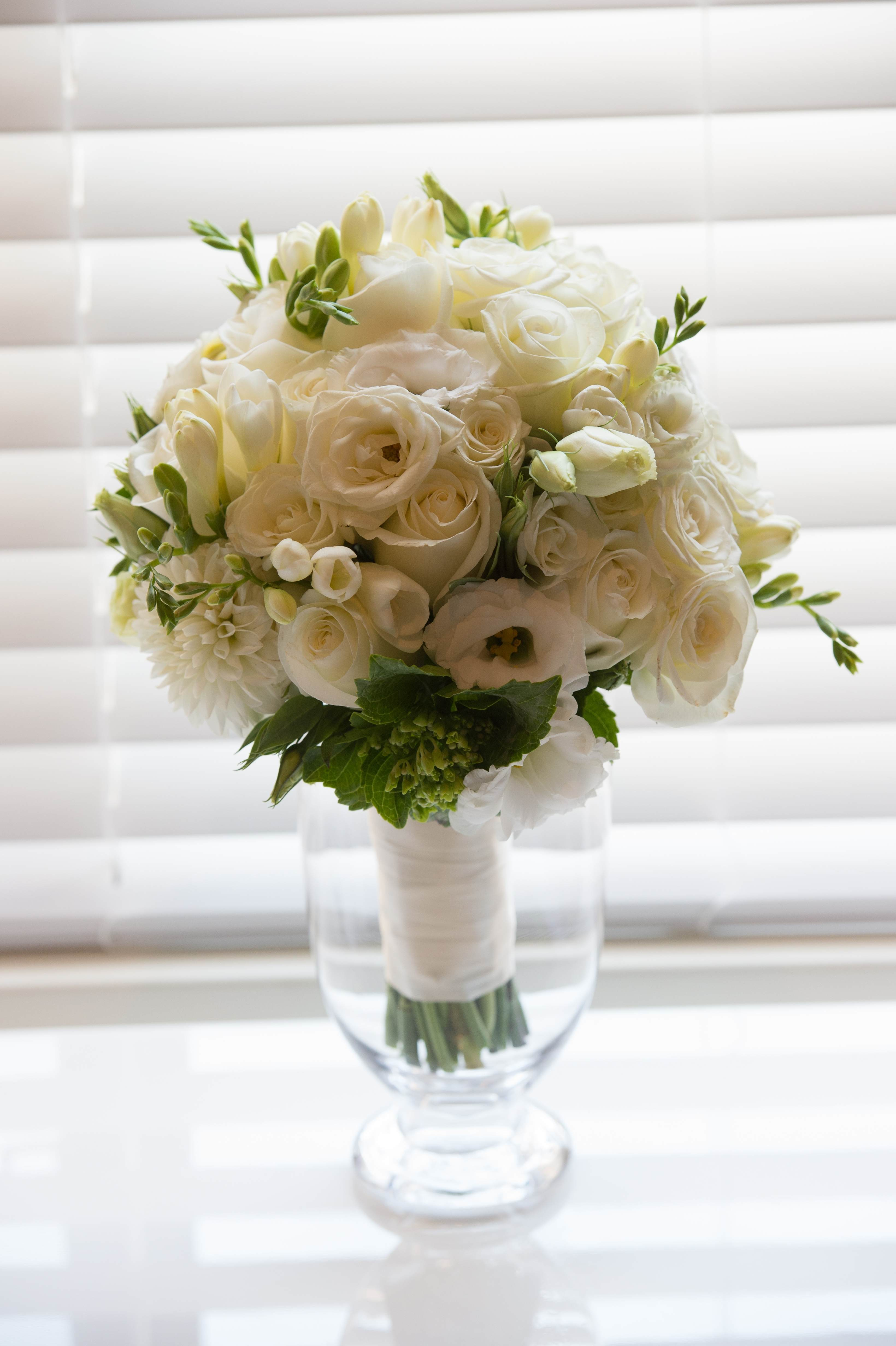 Wedding Bouquets With Lisianthus : Wedding bouquets event flowers